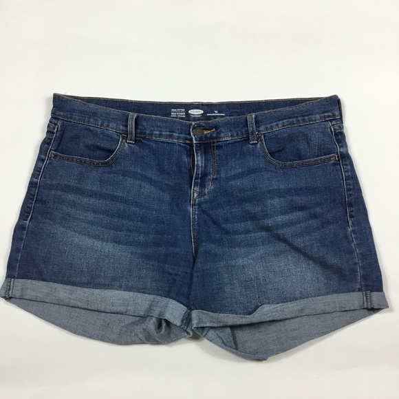 Old Navy Pants - Old Navy Cuffed Jean Shorts Womens Size 14